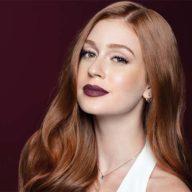 Marina: A Estrela Ruiva Que Se Tornou Tendência de Beleza