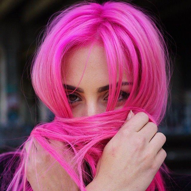 Outras-3-Colorações-Capilares-Que-Você-Irá-Usar-Neste-Ano-Pink.jpg