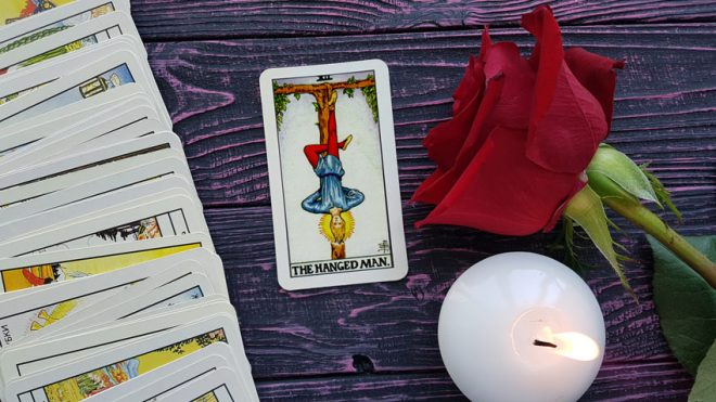 Tarot-Do-Signo-De-Peixes-Carta-O-Enforcado-3.jpg